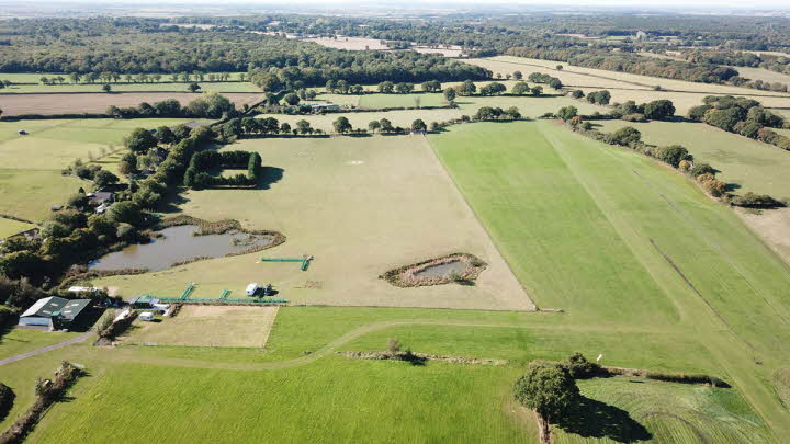 Hamilton Farm Airfield